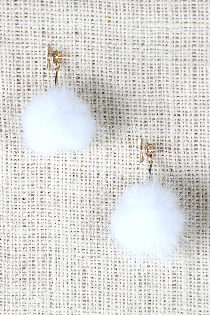 Single Bar Earrings with Dangling Pom-Pom Jacket