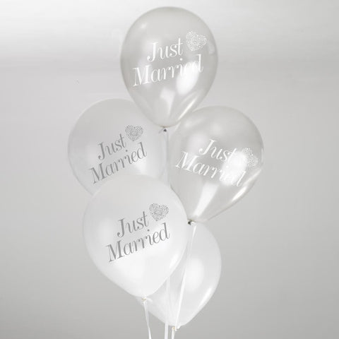 Vintage Romance Just Married Balloons White/Silver