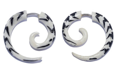Horn Wing Spiral Fake Gauges