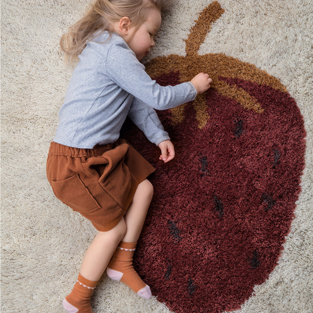 Ferm Living Fruiticana Strawberry Rug - Large - 2