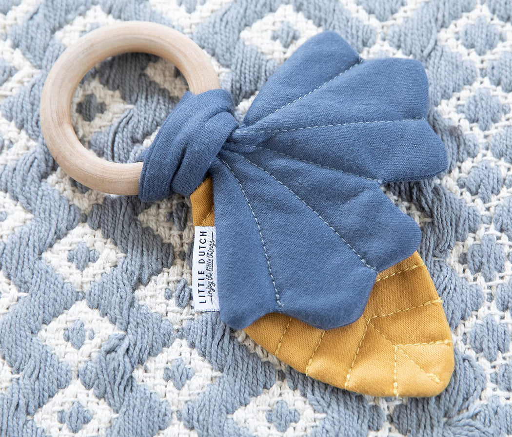 Little Dutch Crinkle Toy Leaves Pure & Nature - Blue - 3