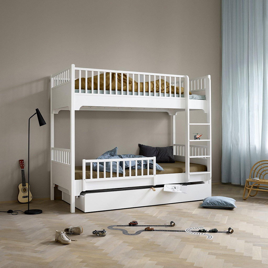 Oliver Furniture Seaside Bunk Bed with Vertical Ladder White - 3