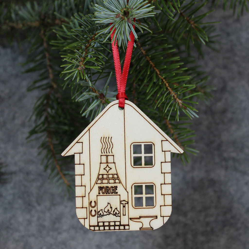5 x Old Forge Tree Decorations / Gift Tags