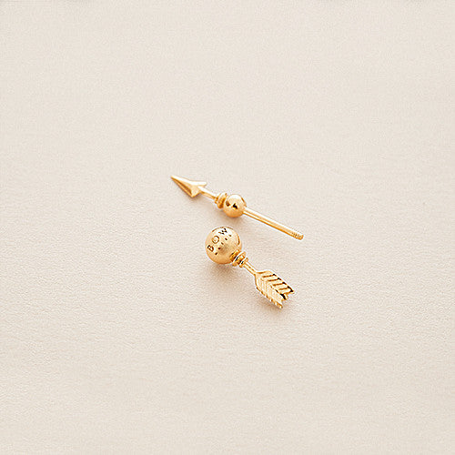 BOW LABEL MAKE WEIGHT EAR PIN 24 KARAT GOLD PLATED SILVER EARRING