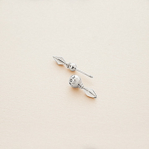 BOW LABEL VANQUISH EARPIN RHODIUM PLATED SILVER