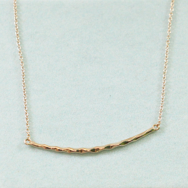925 Sterling Silver Curved Bar Pendant Necklace