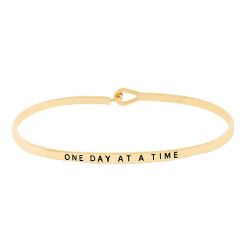 ONE DAY AT A TIME Message Bracelet