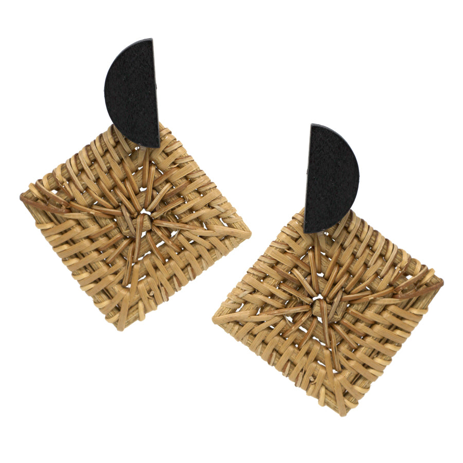 Wood half Disc Top With Rhombus Shape Straw Earrings