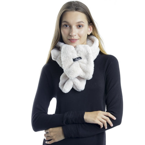 CLOIE Wrinkled Faux Fur Scarf