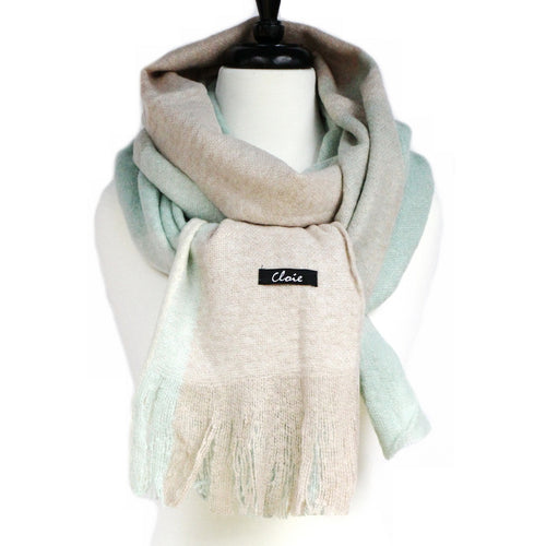 Ultra Soft Checked Scarf With Fringe