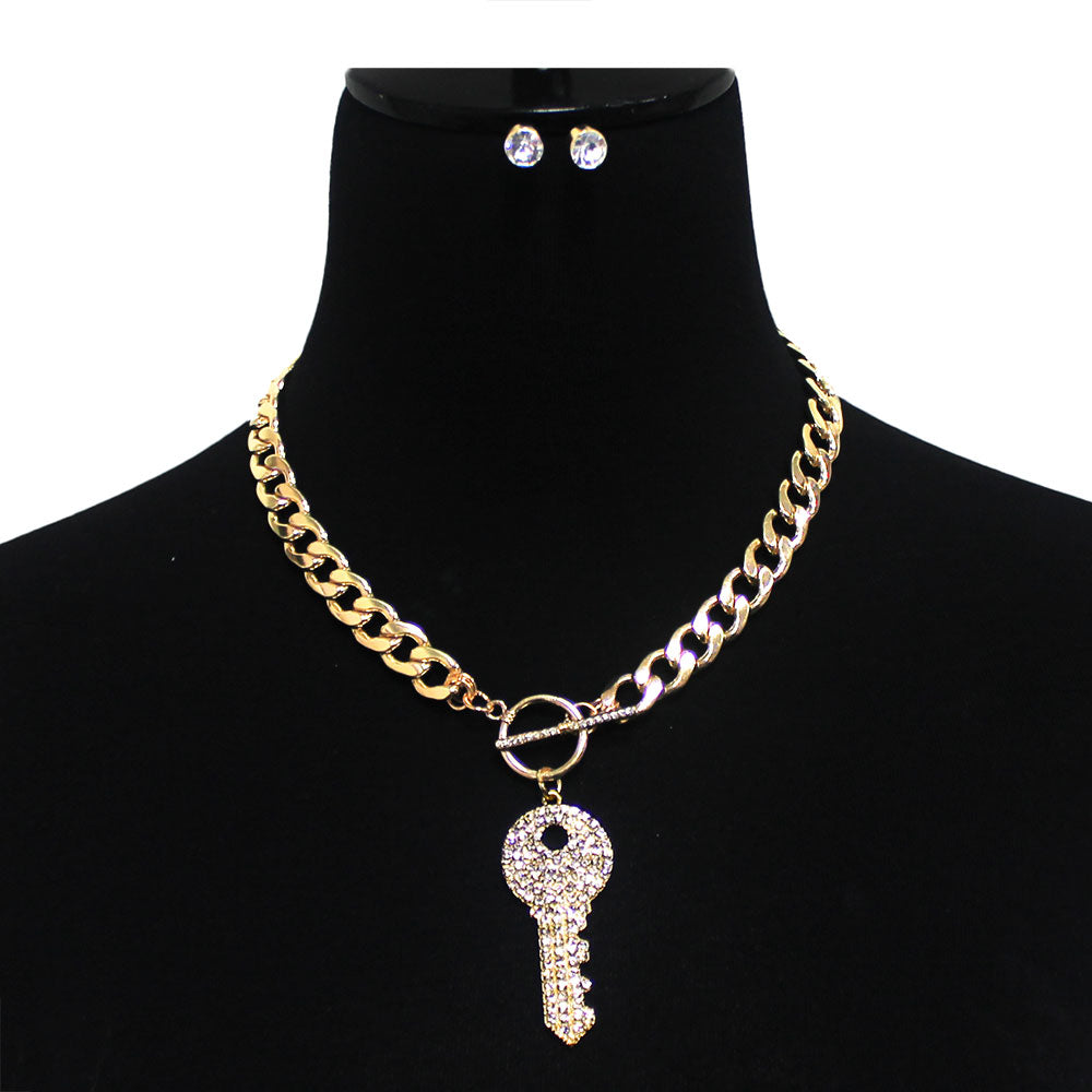 Urban Rhinestone Key Metal Link Toggle Necklace