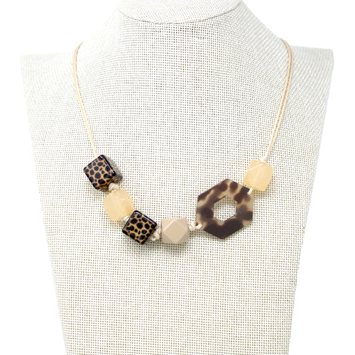 Animal Texture Acetate With Cube Bead With Sliding Knot Necklace
