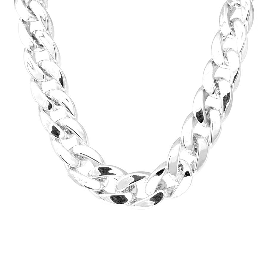 Lightweight Acrylic Curb Chain Short Necklace