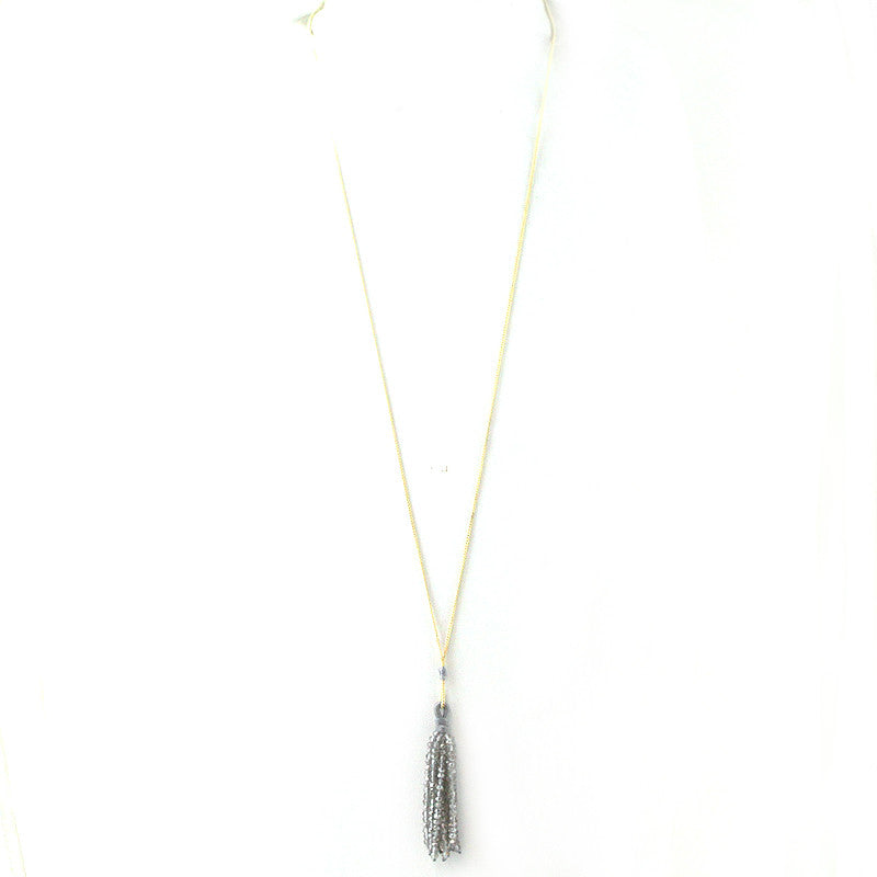 Glass Beads Tassel Pendant Sleek Necklace
