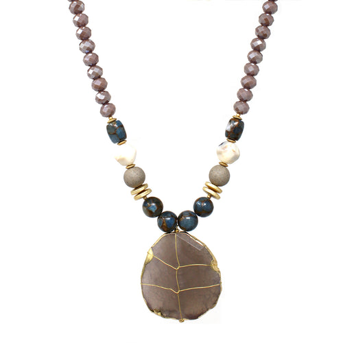 Natural Stone Pendant With Glass Stone Beaded Short Necklace