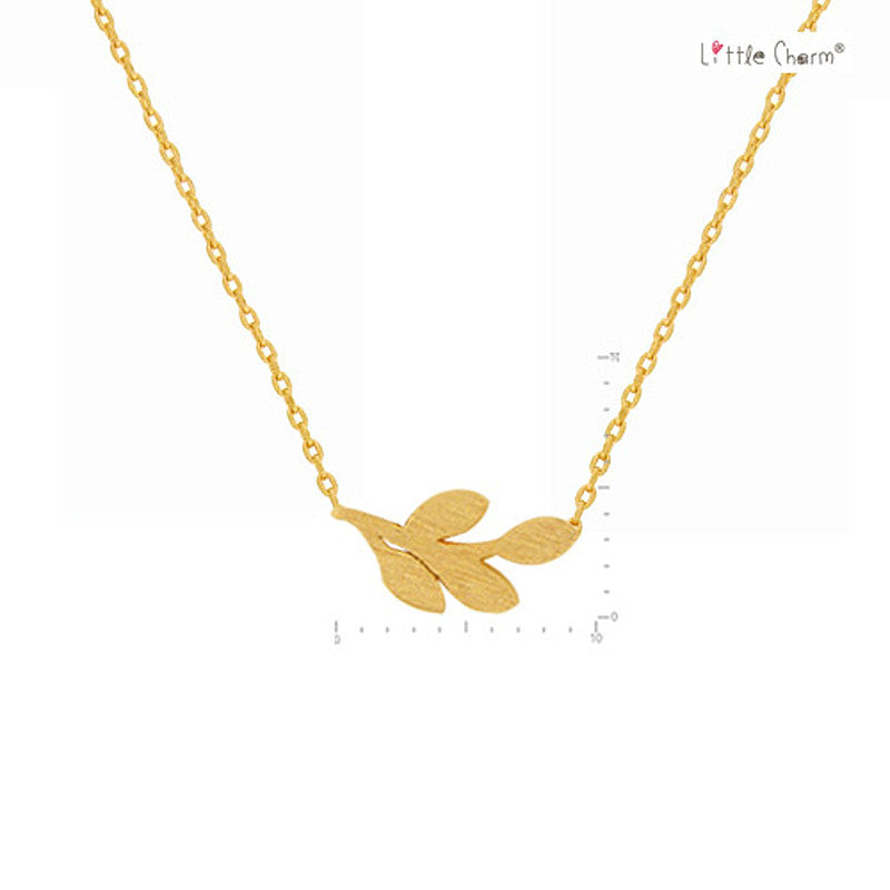 Leaf Pendant Brass Necklace