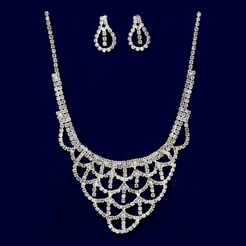 Rhinestone Scallop Lace Bib Necklace Set