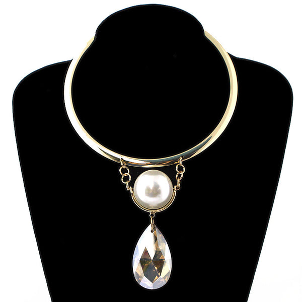 Big Pearl and Glass Pendant Short Choker Necklace