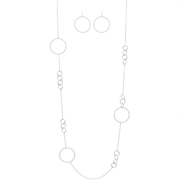 Floating Link Long Necklace