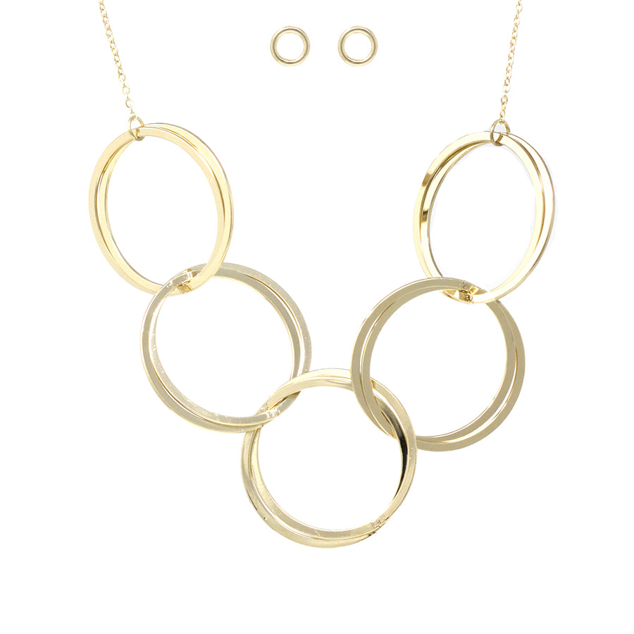 Double Hoop Linked Short Necklace