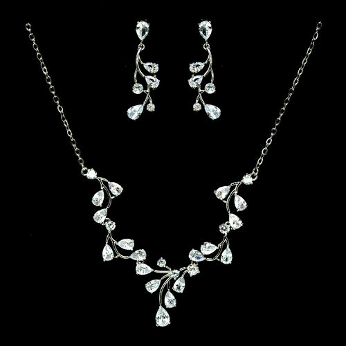 Teardrop Shape Cubic Zirconia Paved Vine Leaf Necklace Set