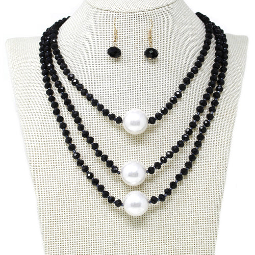 Chunky Pearl Charm Glass Beaded Short Layered Necklace