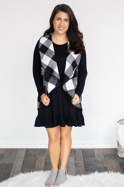 Plaid Waterfall Vest (black) - Calico's Boutique
