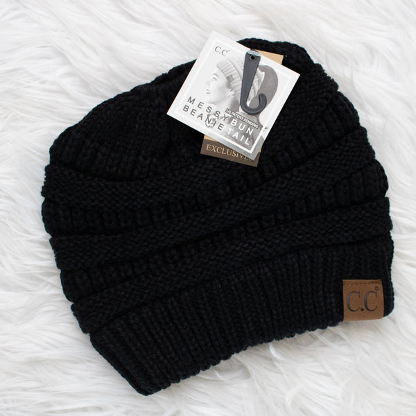 CC Ponytail Beanie (black) - Calico's Boutique