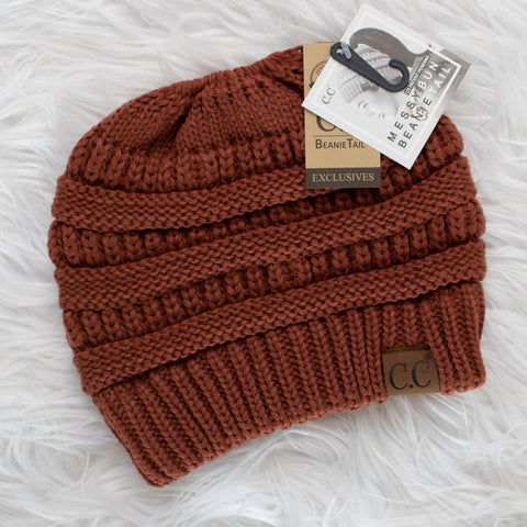 CC Ponytail Beanie (rust) - Calico's Boutique