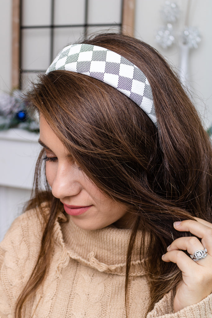 Checkered Headband (white)