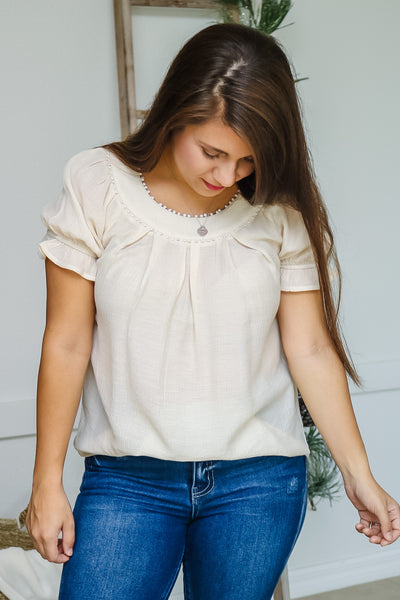 Dotted Trim Puff Sleeve Top (cream)
