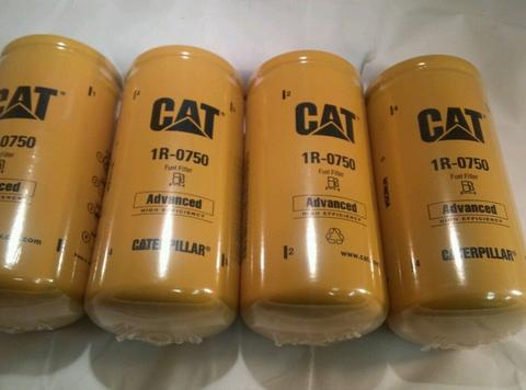 1R-0750 Caterpillar Fuel Filter - Cross Reference