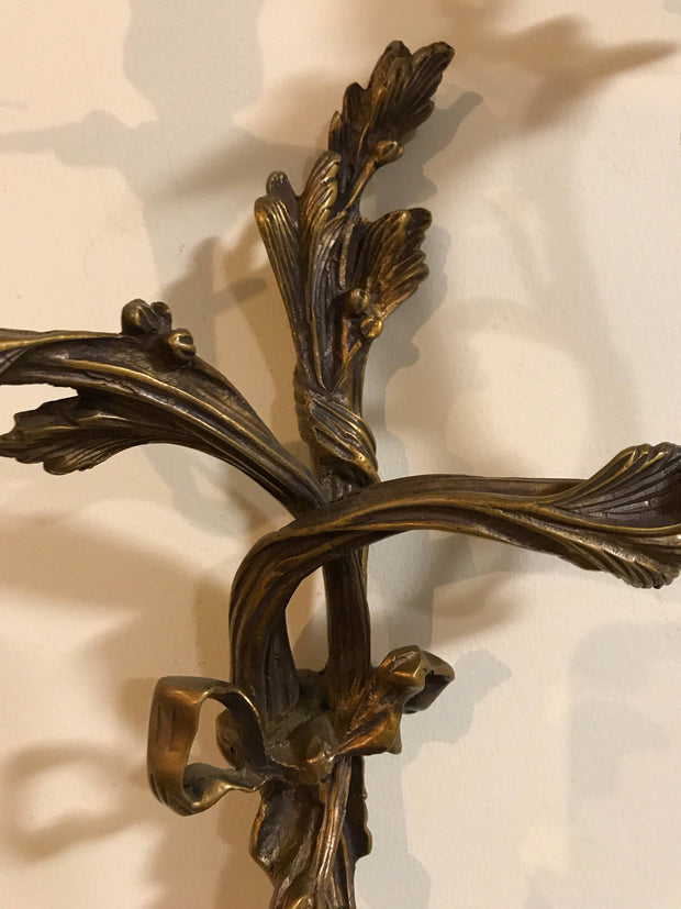 Vintage Wall Candelabra  Bronze Twisted Stems Flower & Bow Sconce French Home Decor Dining Room Living Room elegance
