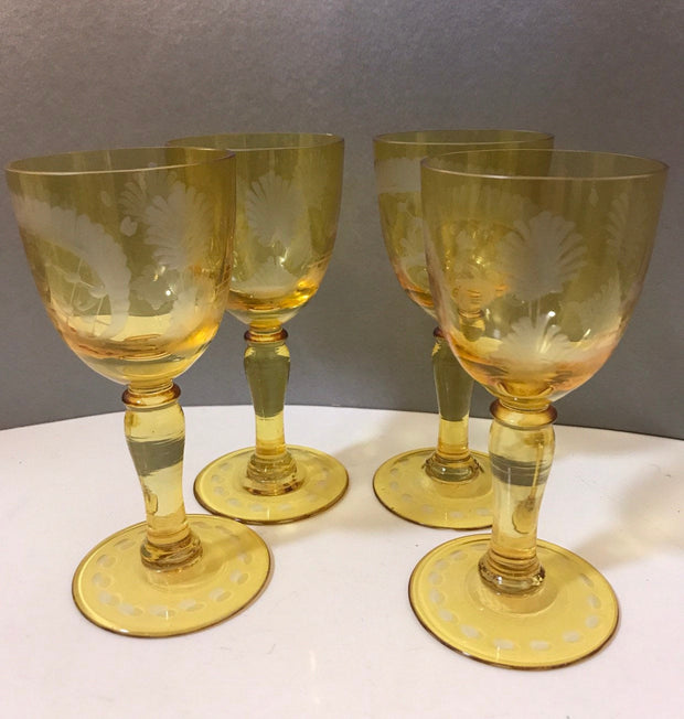 Golden Etched Cordial Glasses Stemmed 4pc Set Vintage