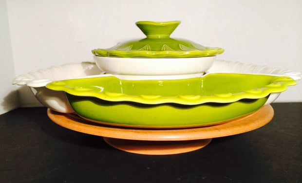 California Potteries Avocado chip & dip Sectional on Wood Spinner  1950s