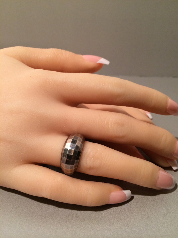 Sterling Silver Ring .925 shimmering prism cut SALE