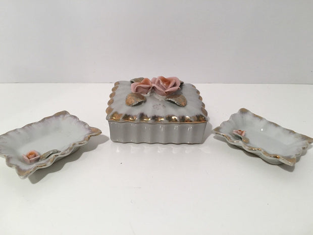 Roses Trinket Box 3 pc Set Box & 2 small Matching Dishes (Soap) Bathroom Decor Dessser Vanity Porcelain Cottage Chic Vintage
