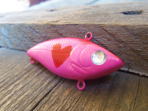 Breast Cancer Keychain Survivor Key ring Mom Painted Heart Fishing Lure Mommy Aunt Friend Husband Wife Father Groom Bride Sister Pink Red