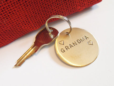 Mother's Day Gifts for Grandma Keychain Women Personalized Grandmother of the Bride Best Nana in World from Grandchildren Keyring for Her