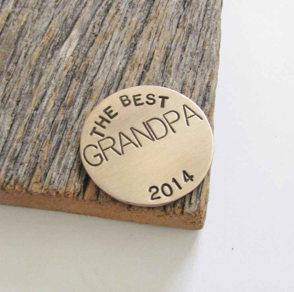 Grandpa Golf Gift Grandpa Ball Marker Golfing Putting Accessory for Golf Bag Custom Ballmarker for Grandparent Golf Marker Golf for Him Men