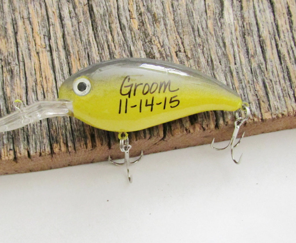 Groom Gift Personalized Fishing Lure for Groom Painted Lure Bass Lure Groomsman Gifts Best Man Gifts Father of the Bride Father of the Groom