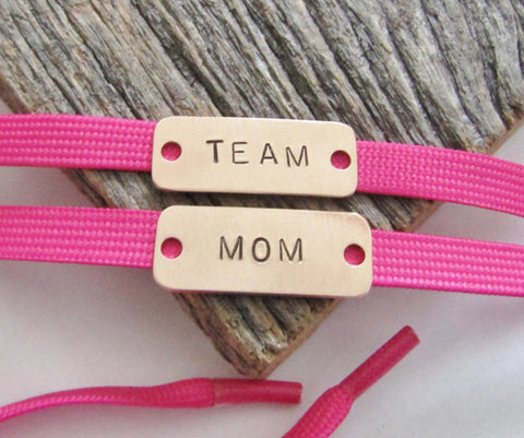 Shoe Tags for Mom Loss of Mother Cancer Survivor Gifts for Grandma Women's Shoe Accessories Athletic Shoe Tag Sneaker Tags Run 13.1 Run 26.2