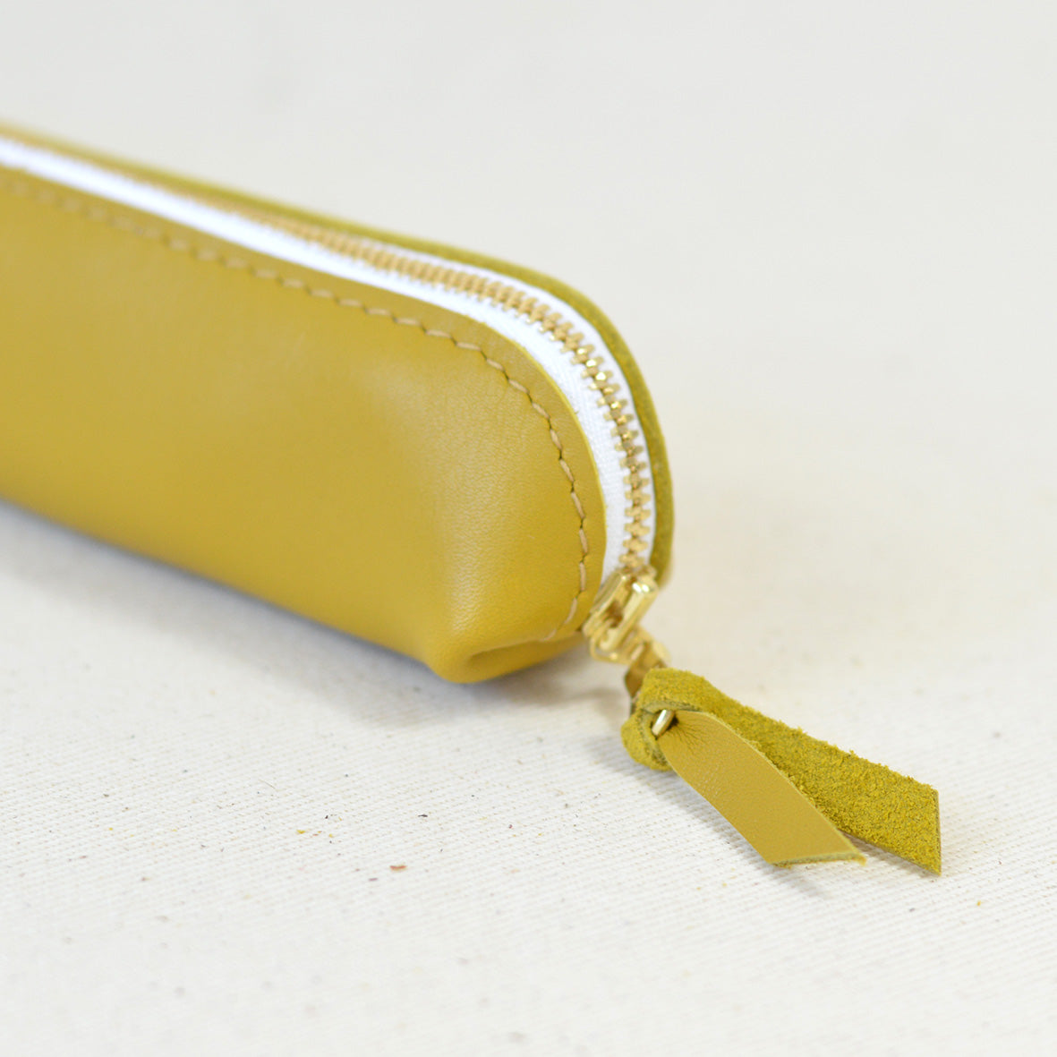 Big Sue Pencil Case Mustard