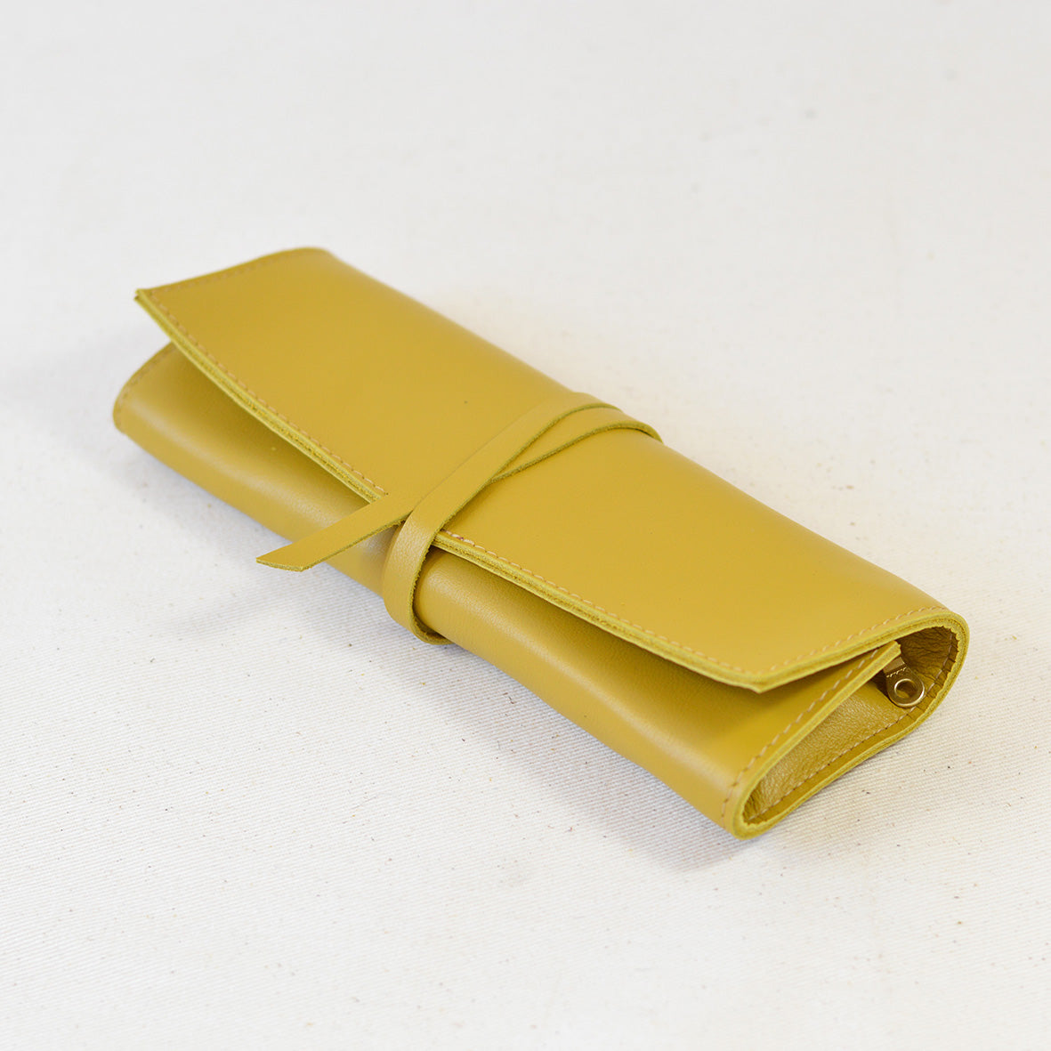 Moore Utility Leather Wrap Mustard