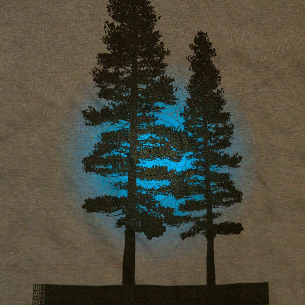 Yosemite Tree - T-Shirt - Mens - Dark Grey