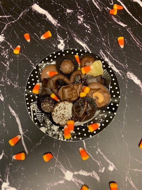Skeleton Plate with chocolates