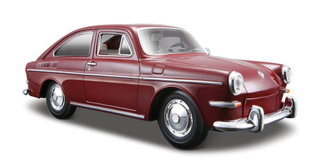 1:24 VW 1967 Classic 1600 Fastback Diecast, Red