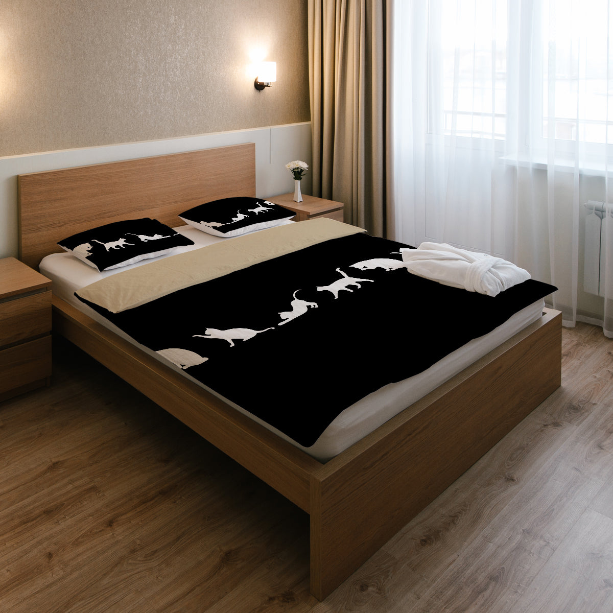 Black & White Bedding Set (Black)
