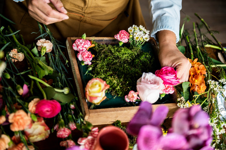5 Incredible Hacks That Will Make You A Pro At Flower Arrangements