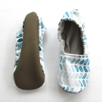 Classic Blue Brush Strokes on Cream Canvas Women's Slippers - Mommy and Me